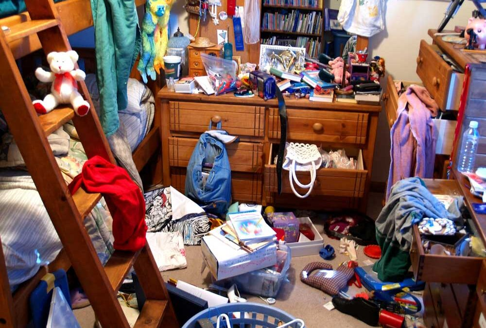 How to Declutter Your Home Before Moving: A Guide