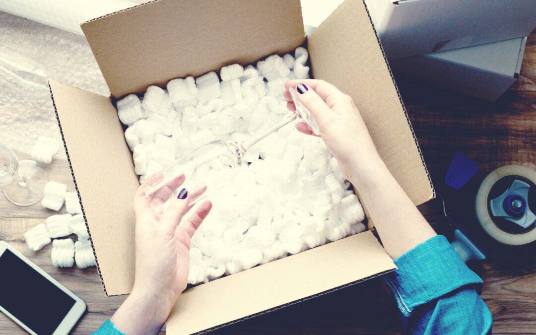 Expert Tips and Tricks on How to Pack Fragile Items Before Your Move